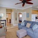 Purple Parrot 1 Bedroom Pool Side Condo | Livingroom