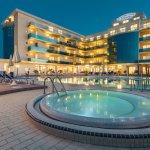 Photo of Hotel Valverde & Residenza