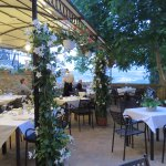 Garden terrace, great at lunch or dinner .