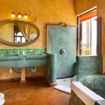Agave Deluxe Suite Bathroom