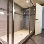 Royal Suite with Walk-in Shower
