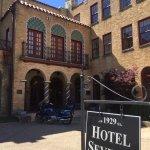 Photo de Hotel Seville