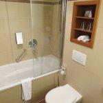 Bathroom of Superior Room #430 - Platzl Hotel (17/May/17).