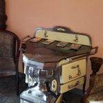 Lobby, ein alter Ofen aus Belgien