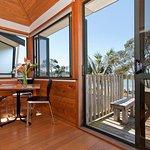 Beachfront Resort, Whitianga, The Coromandel, NZ - King Beachfront Unit - Dining and Deck