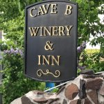 Photo de Cave B Estate Winery & Resort