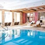 Hallenbad im Hotel Gotthard-Zeit