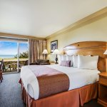Single King Room with Ocean Views