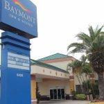 Baymont Inn & Suites FL Mall