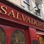 Salvador's Restaurant Foto