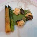 Asparagus, burnt onions, truffle, buttermilk, pickled shallot