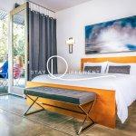 Indoor/outdoor living in elegance and simplicity