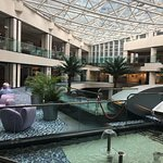 Foto de Regal Airport Hotel