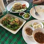 Restaurant also has Thai food