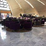Entrance mall Reception / Piano Bar