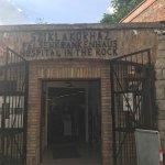 Foto de Hospital in the Rock Nuclear Bunker Museum
