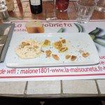 Le St Marcelin aux herbes, huile d'olives et noix... Une tuerie !