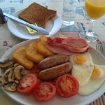 Ventnor Bay breakfast, no need for lunch today!