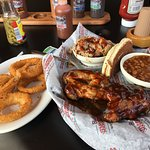 Sampler dish with ribs, BBQ beans, chicken and pulled pork -yummy :-P