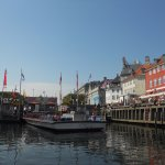 May 2017: Guided city tour boats on the Nyhavn