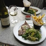 minute steak, garlic butter, salad & frites washed down with a lovely chilled French white wine.