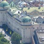 Blick auf die Hofburg von Station Hungerburg