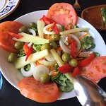 Magníficas vistas y trato. Buena variedad de comida tradicional y fresca para días de calor.