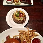 Texas Land & Cattle Steak House - North IH 35 Foto