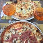 Pizza prosciutto e funghi & Pizza 4 fromages
