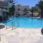 Photo de Hotel Zephyros