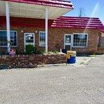 Pat's Desert Inn Cafe