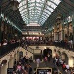 Covent Garden indoor et ses restaurants, pubs et glaciers