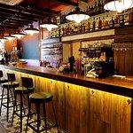 Una maravillosa barra para que disfrutes nuestras bebidas, cervezas y cócteles :)