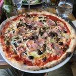 Pizza : Reine (sans l'oeuf)