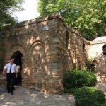 聖母居住石屋