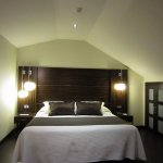 Upper bedroom in Grand Duplex Suite A21