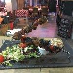 Nouveau restaurant sur le port de santa lucia spécialiste en viandes d exception et brochettes