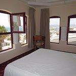 Photo de Hotel Ciutat Jardi