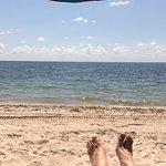 Na praia do hotel.