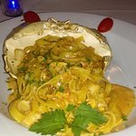Sunset Catch fettuccine w/golden crab and scallops