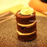 aed 25 chocolate cake