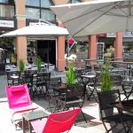 terrasse ombragée et au calme Place Coullet Saint Raphael 83700
