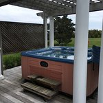 Cape Pogue cottage hot tub