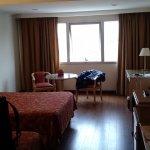 habitacion con 2 camas singles