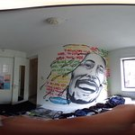 360 Pic of Room 423