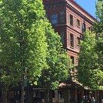 Photo de McMenamins Hotel Oregon