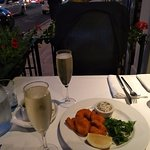 Delicious, fruity prosecco with our tasty starter of breaded tiger prawns