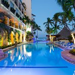 Photo of Playa Los Arcos Hotel Beach Resort & Spa