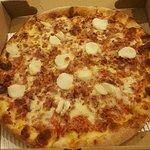 Foto di Simply Divine Pizza Co.