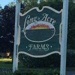 Long Acre Farms - front sign on road